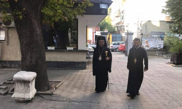 "Празнично богослужение в храм ""св. Николай"" Стара Загора"