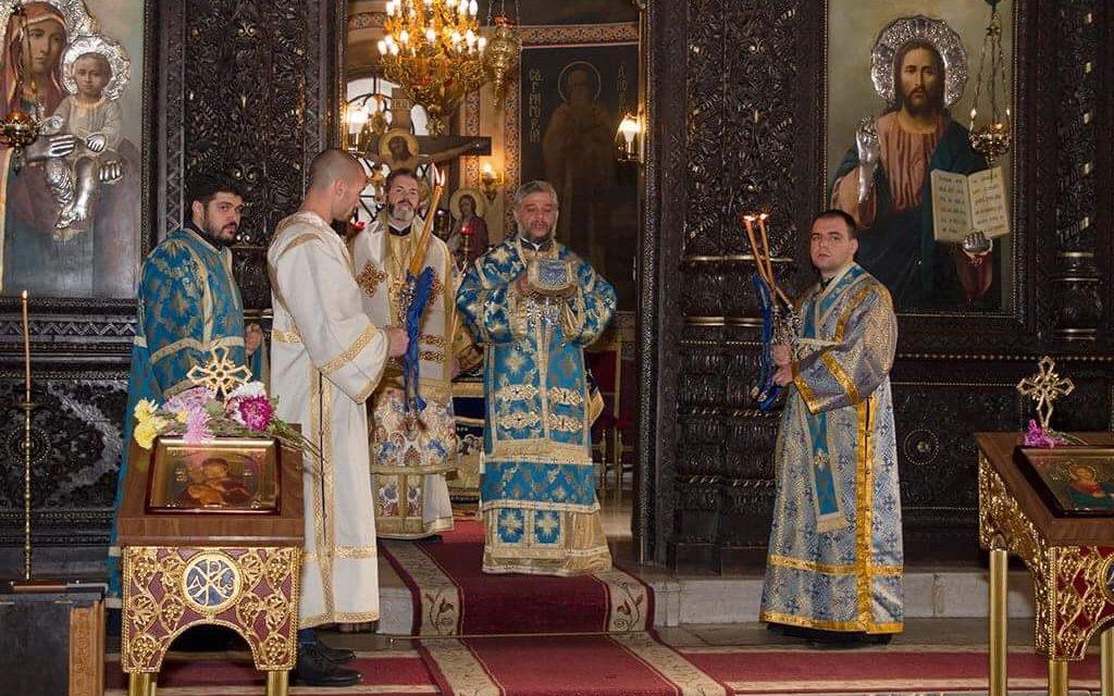 Божествена Света литургия и беседа за Деня на християнското семейство