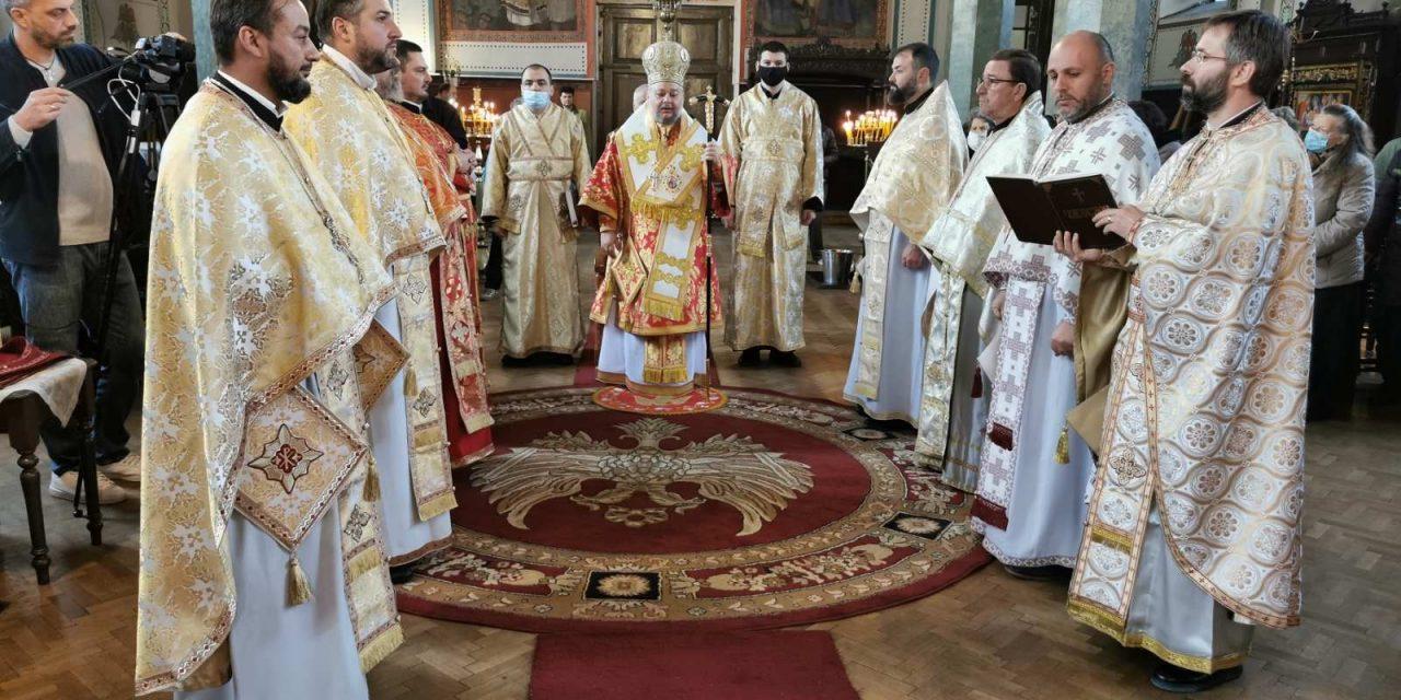 """На Рождество Христово – митрополит Киприан възглави празничната литургия в Катедралния храм """"Св. Николай"""""""