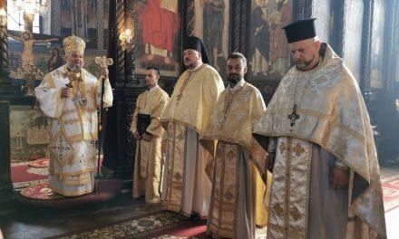 На Кръстовден – офикия и две ръкоположения в Стара Загора