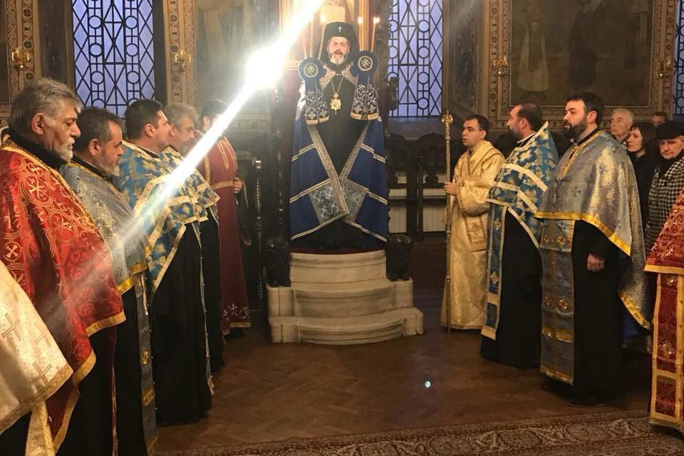 Вечерня в навечерието на празника Въведение Богородично в едноименния храм в гр. Стара Загора.