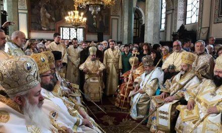 """Негово Светейшество Българският патриарх Неофит оглави Божествената св. Литургия в катедралния храм """"Св. Николай Мирликийски Чудотворец"""""""