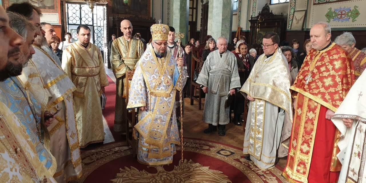 Митрополит Киприан оглави Литургията на 1 Неделя на Великия пост