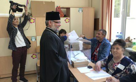 Митрополит Киприан упражни правото си на глас в изборния 26-ти май