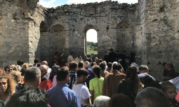 Митрополит Киприан служи в Потопената църква след 56-годишно прекъсване