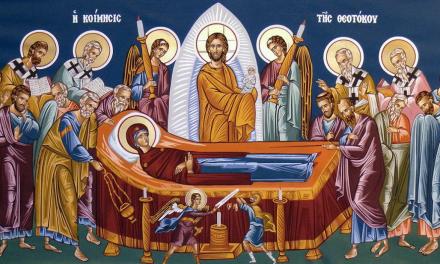 27 кръщенета на Успение Богородично в Стара Загора, владиката служи в Казанлък